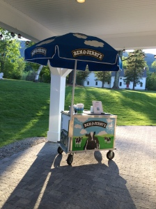 Ben and jerry's cart